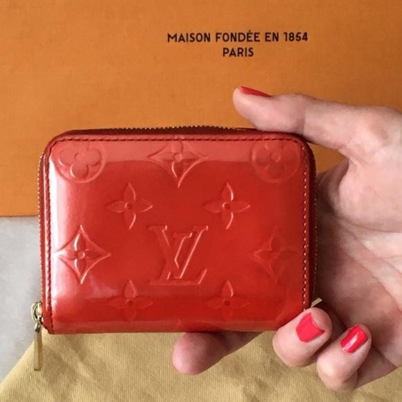2f2ded9aff5a Louis Vuitton Handbags - Auth Louis Vuitton Zippy Coin Wallet Orange Vernis